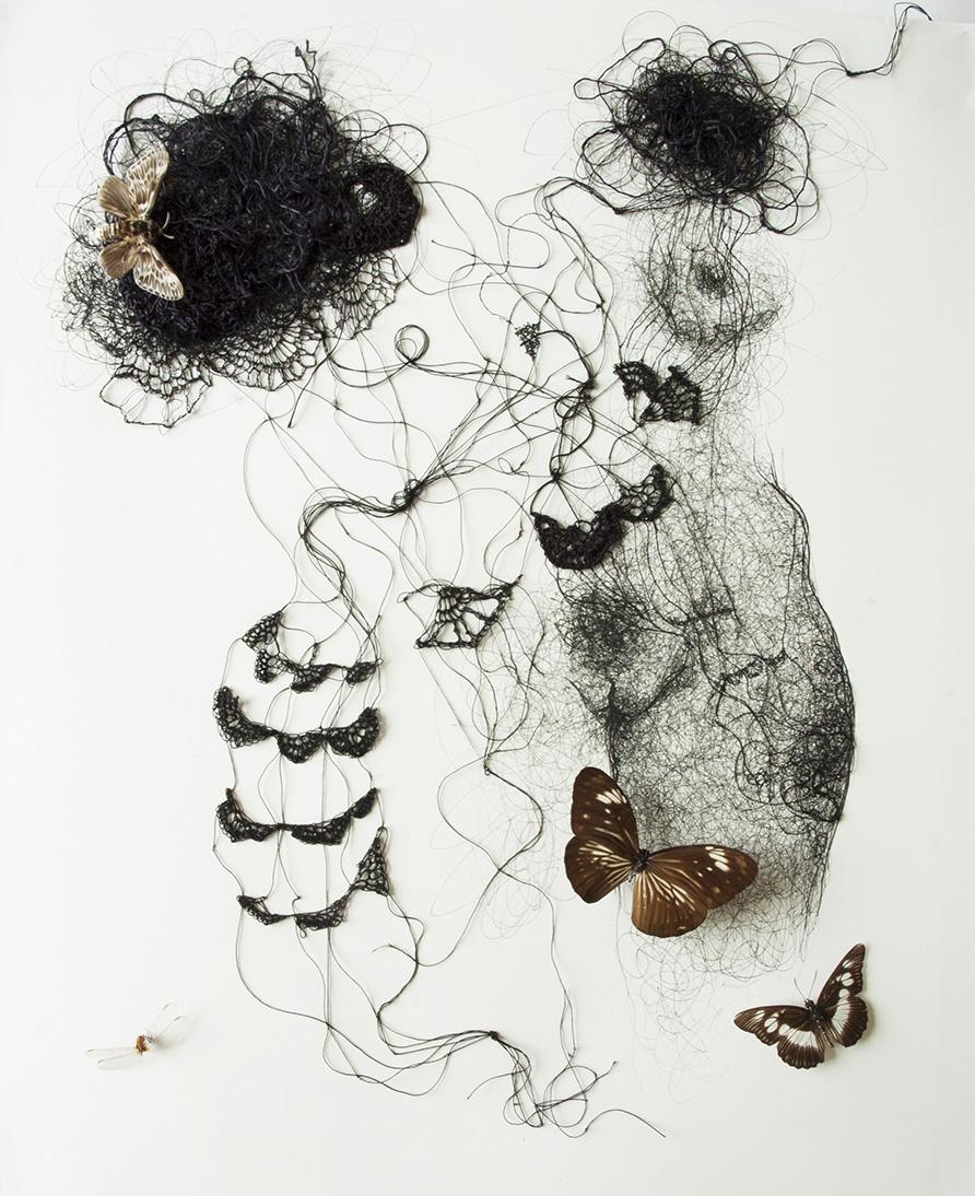 dentelle2-Encre-fil-de-soie-crocheté-insectes-40x50-2018web.jpg